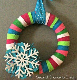 Second Chance to Dream: Quick & Easy Felt Christmas Wreath #christmas #quick&easydecor