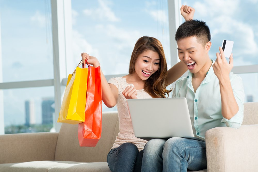 Second Chance to Dream: Pros and Cons of Online Shopping