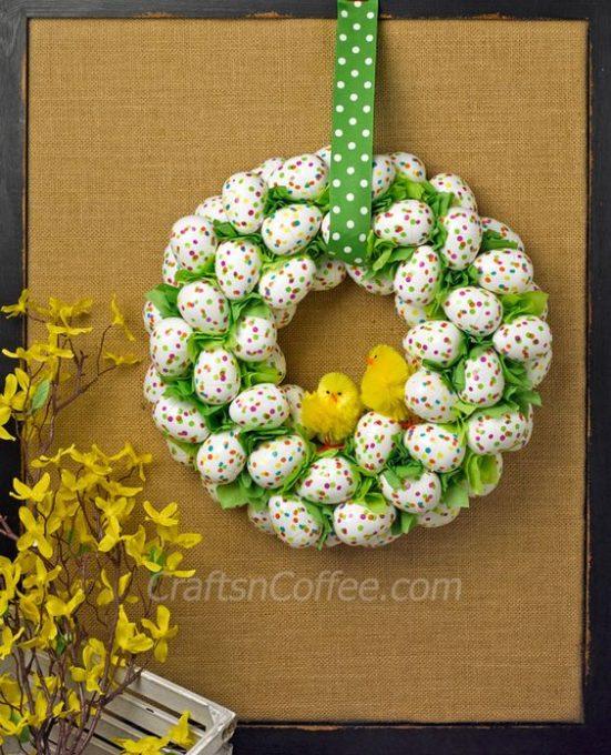 DIY an Easter Egg Wreath. Super easy! CraftsnCoffee.com.: